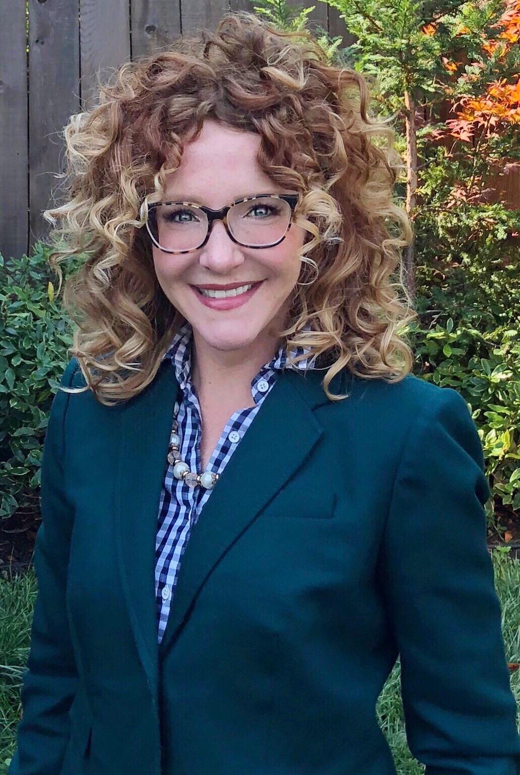 Dr. Bonnie Holmes