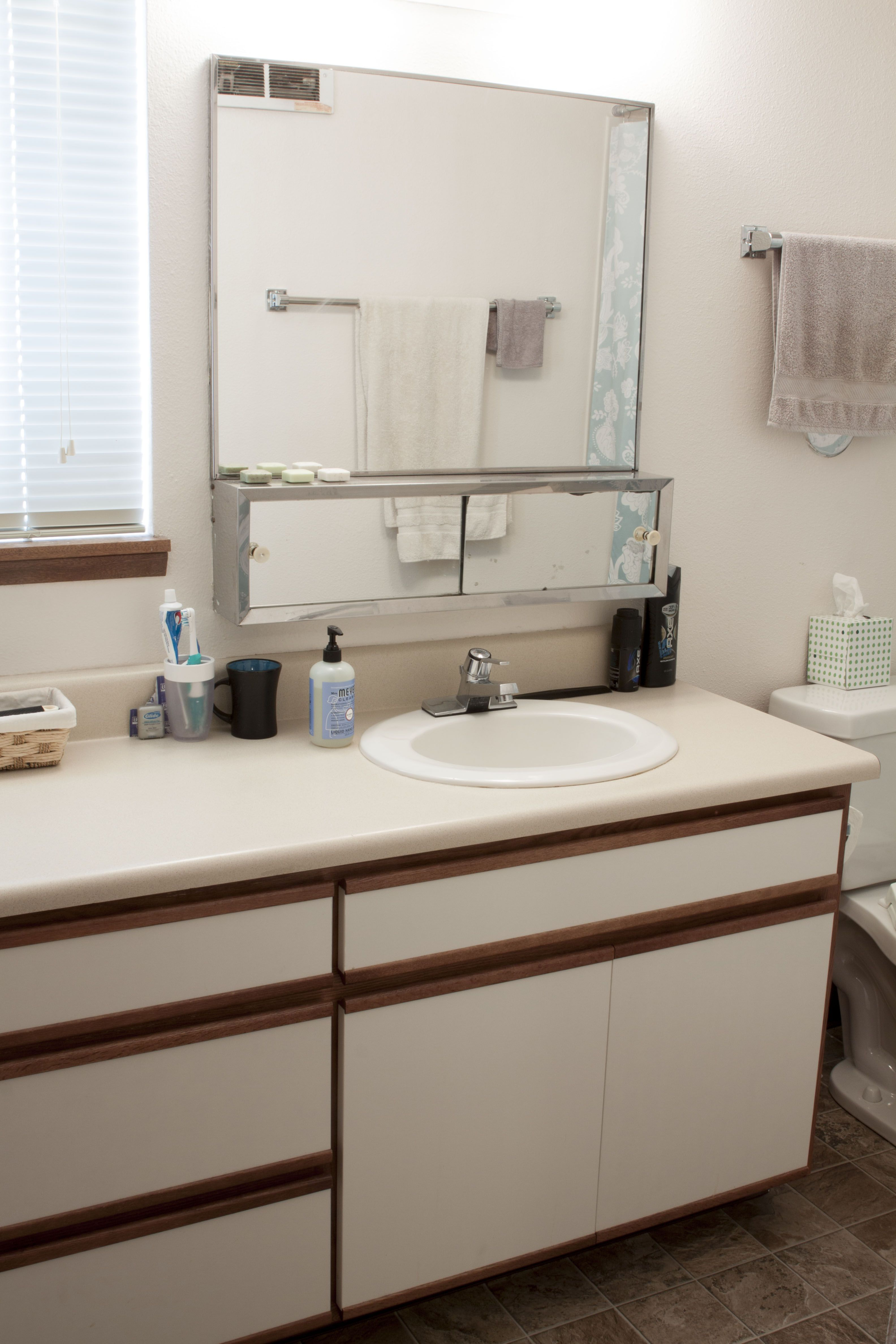 Quincy 2 Bedroom Flat Bathroom