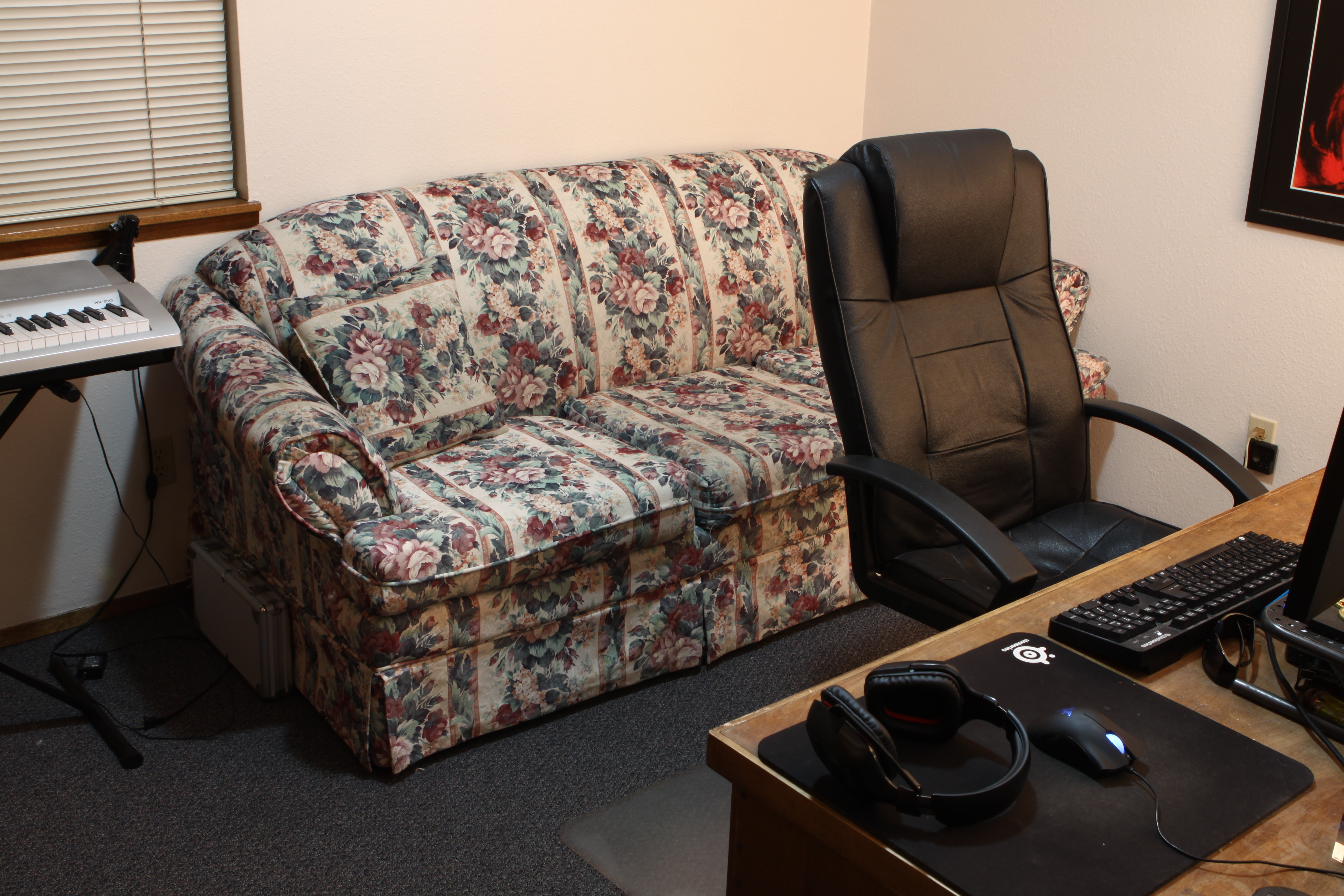 Quincy 2 Bedroom Townhouse Office