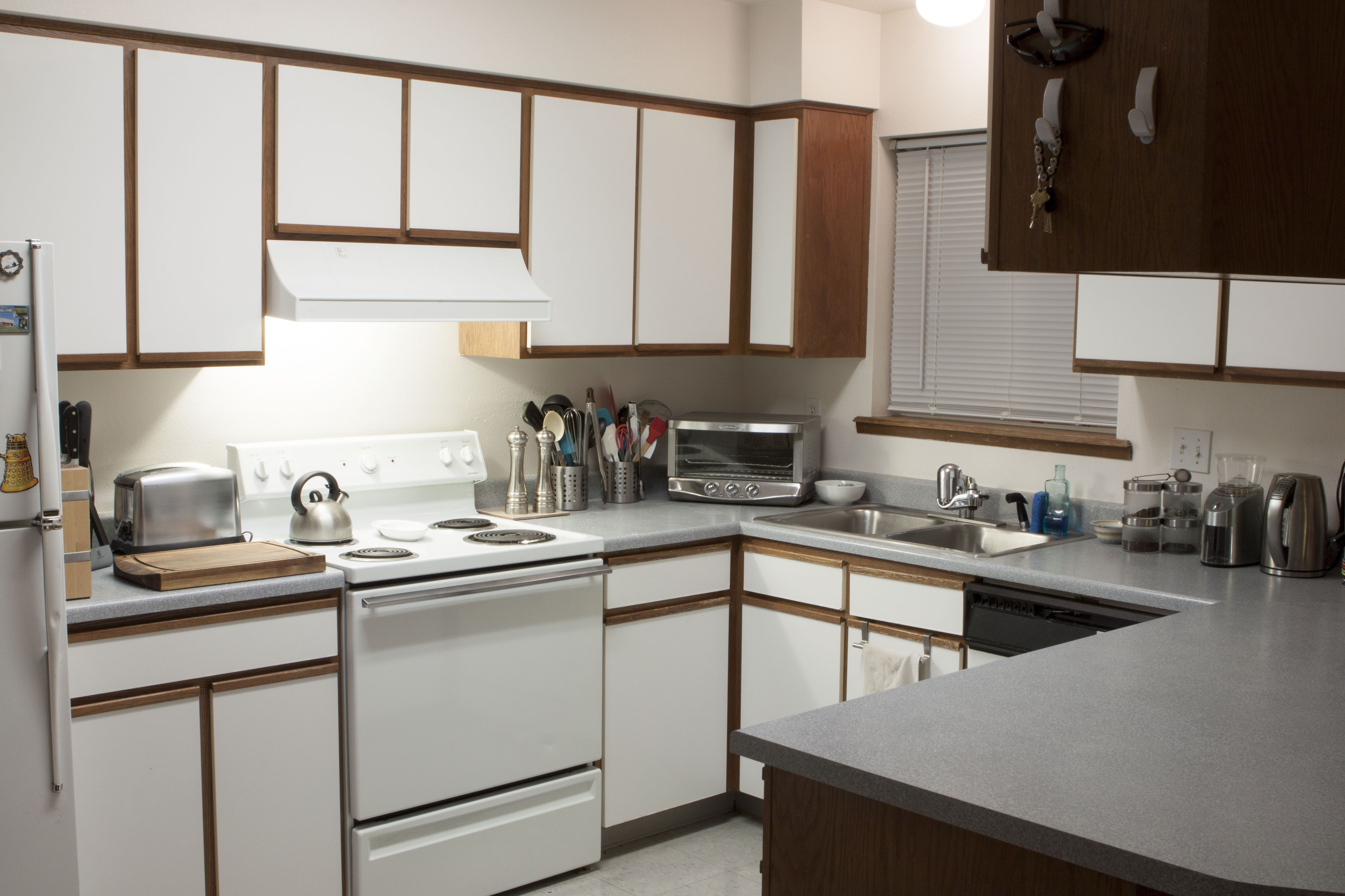 Wightman 3 Bedroom Townhouse Kitchen
