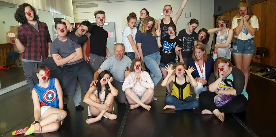 2016 Theater Noses 900