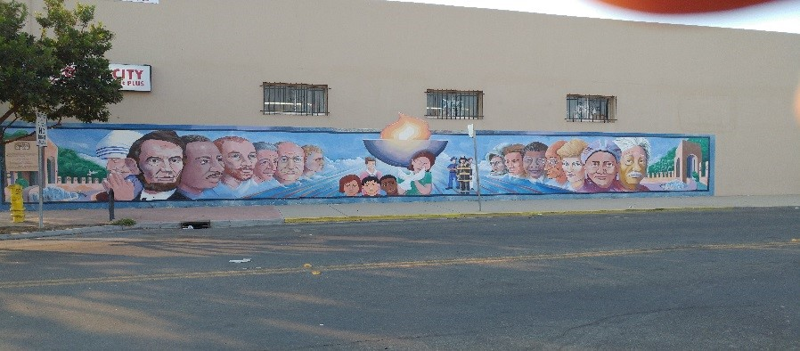 city mural in Soledad