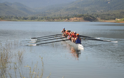 2016 Rowing students on the water
